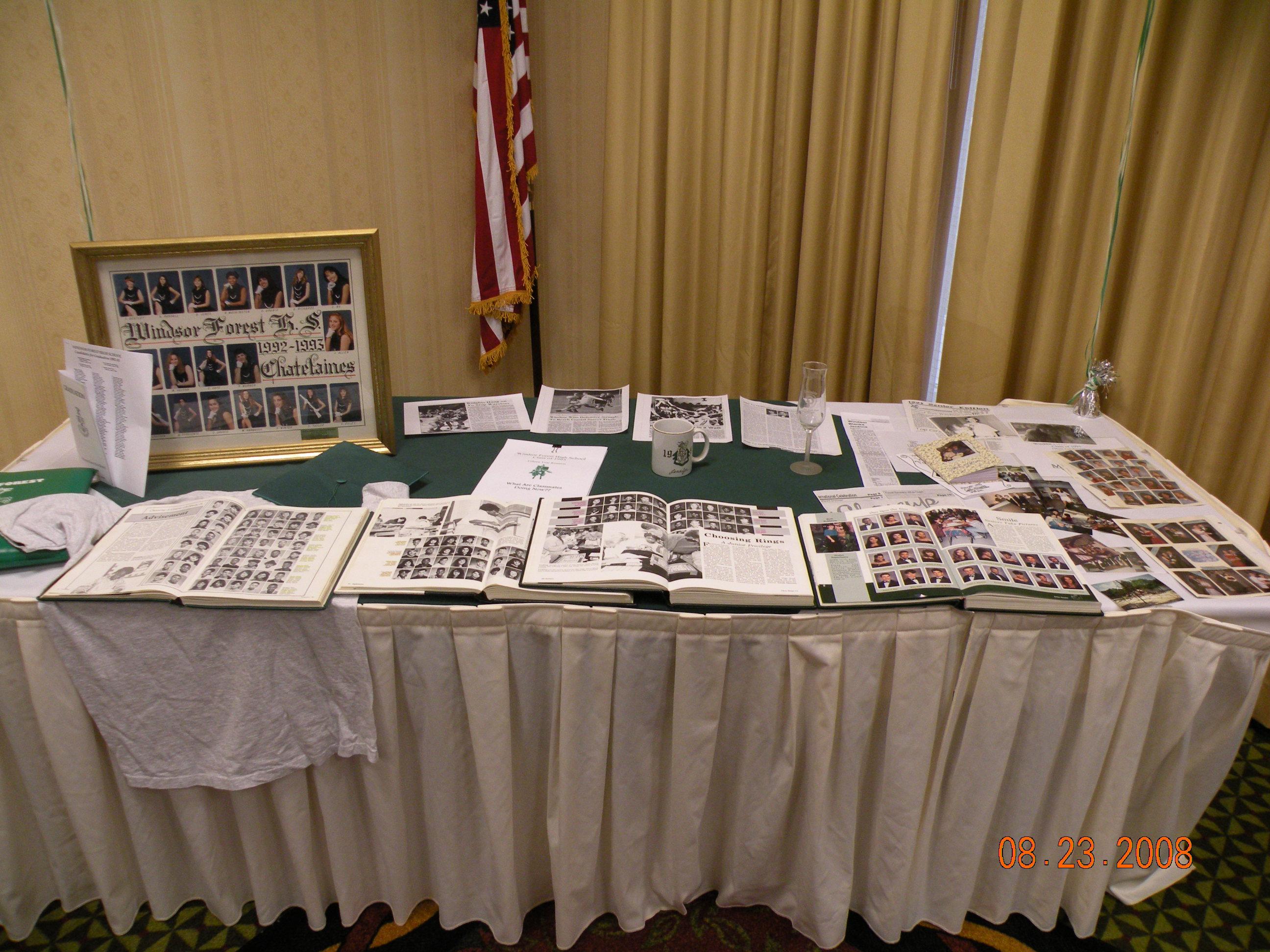 Nostalgia Table